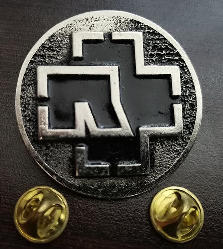 RAMMSTEIN - CIRCLE Metal Pin