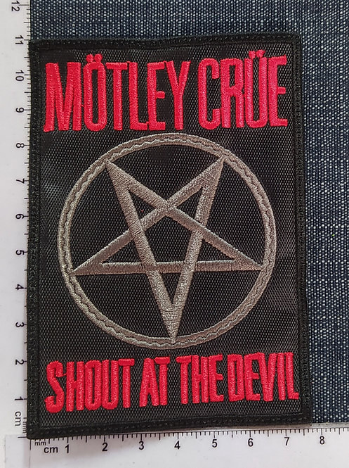 MÖTLEY CRÜE- SHOU AT THE DEVIL EMBROIDERED PATCH