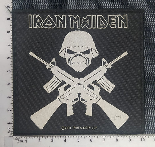 IRON MAIDEN - CROSSED GUNS WOVEN PATCH