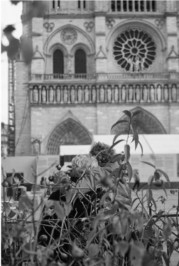 PARIS182