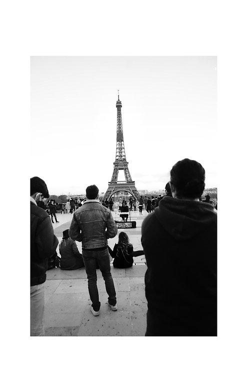 PARIS389