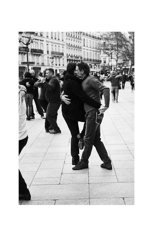 PARIS390