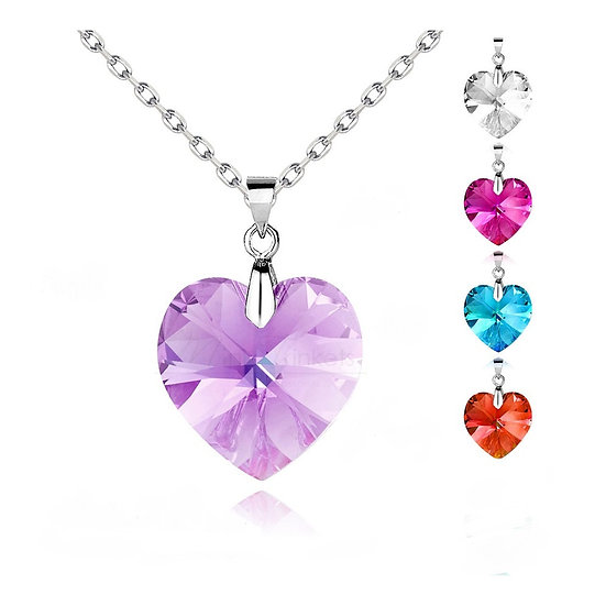 "Beautiful Crystal Heart Pendant and 18 "" Necklace"