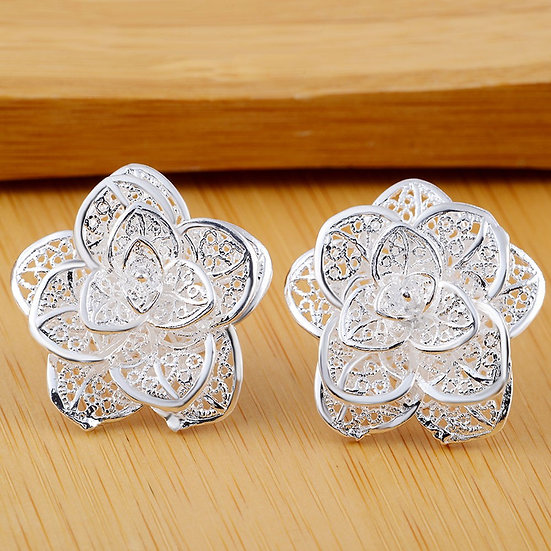 Beautiful Flower Earrings-Silver Plated
