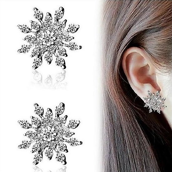 Silver Plated Snowflake Shaped Stud Earrings With Clear Crystals