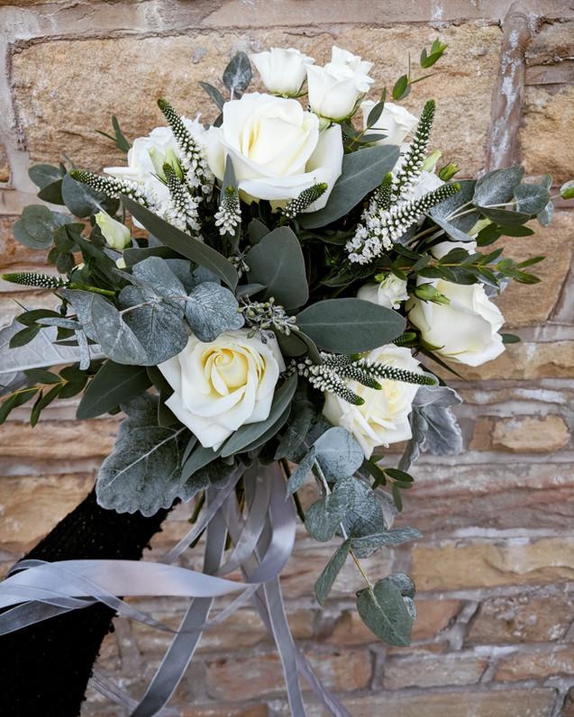 White winter bouquet.jpg