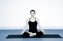 Natsumi Yoga Sit