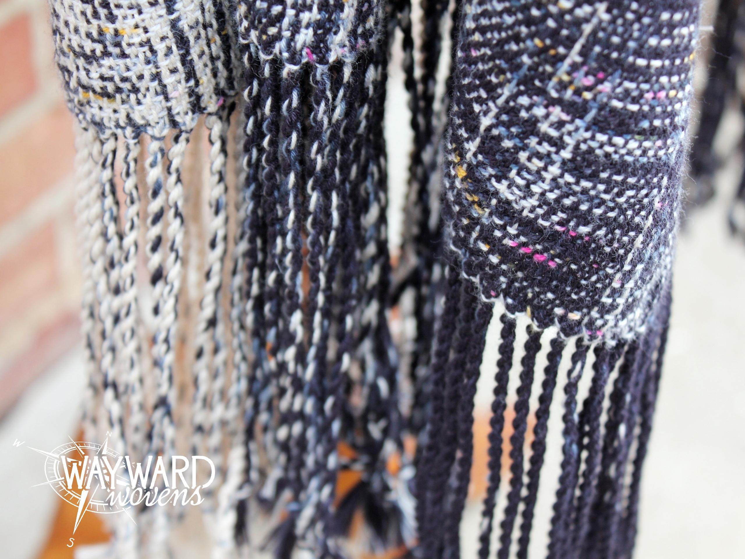 Cotton weft with fringe