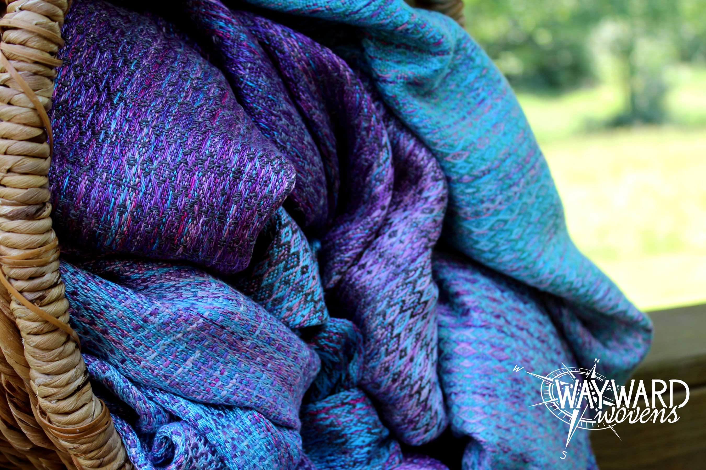 Woven wrap sisters