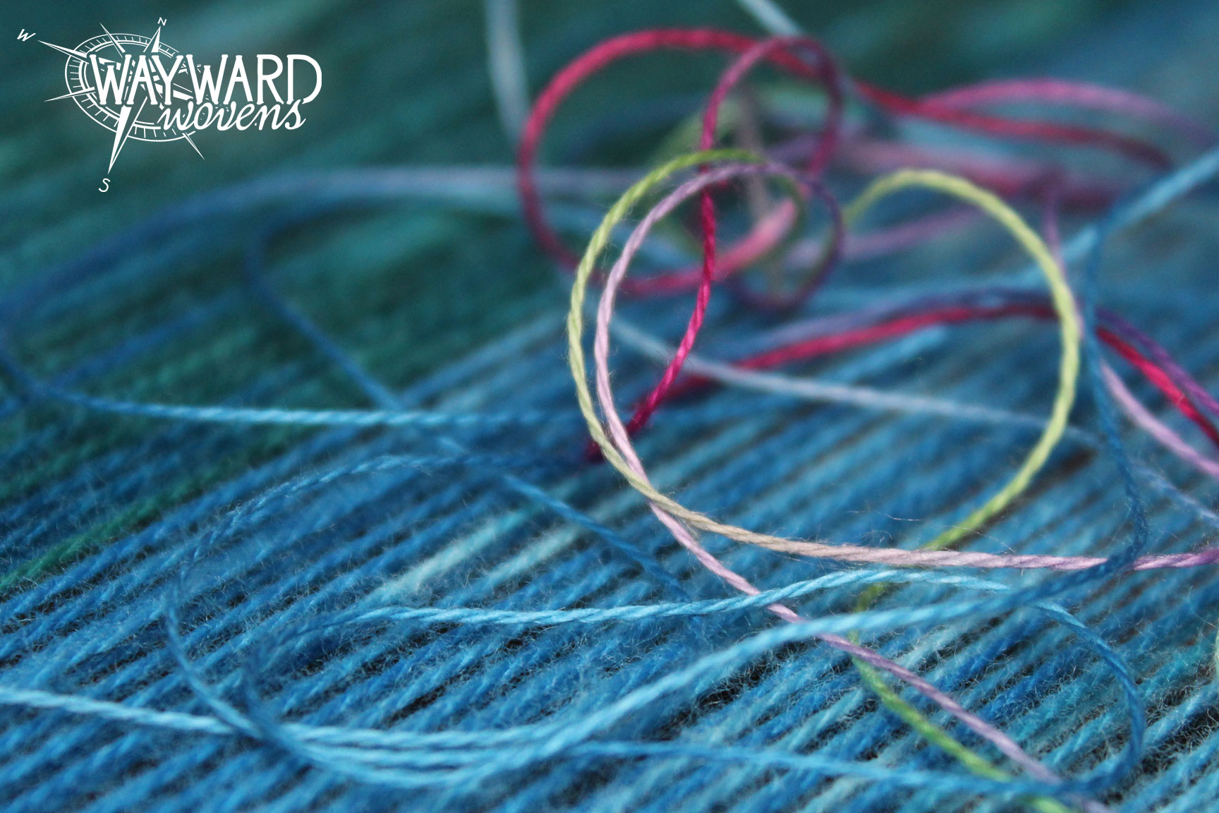 Warp threads with single weft thread