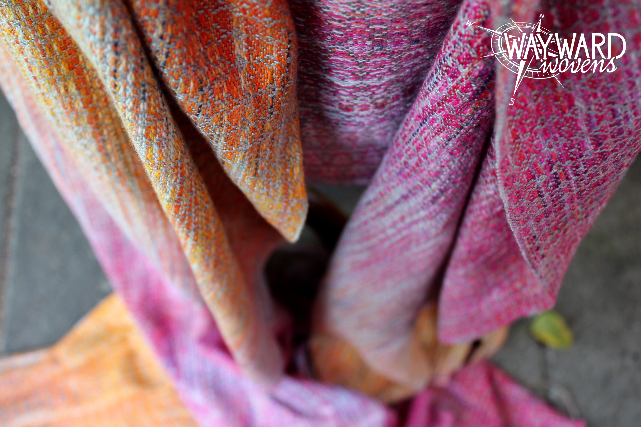 Woven wrap, tails