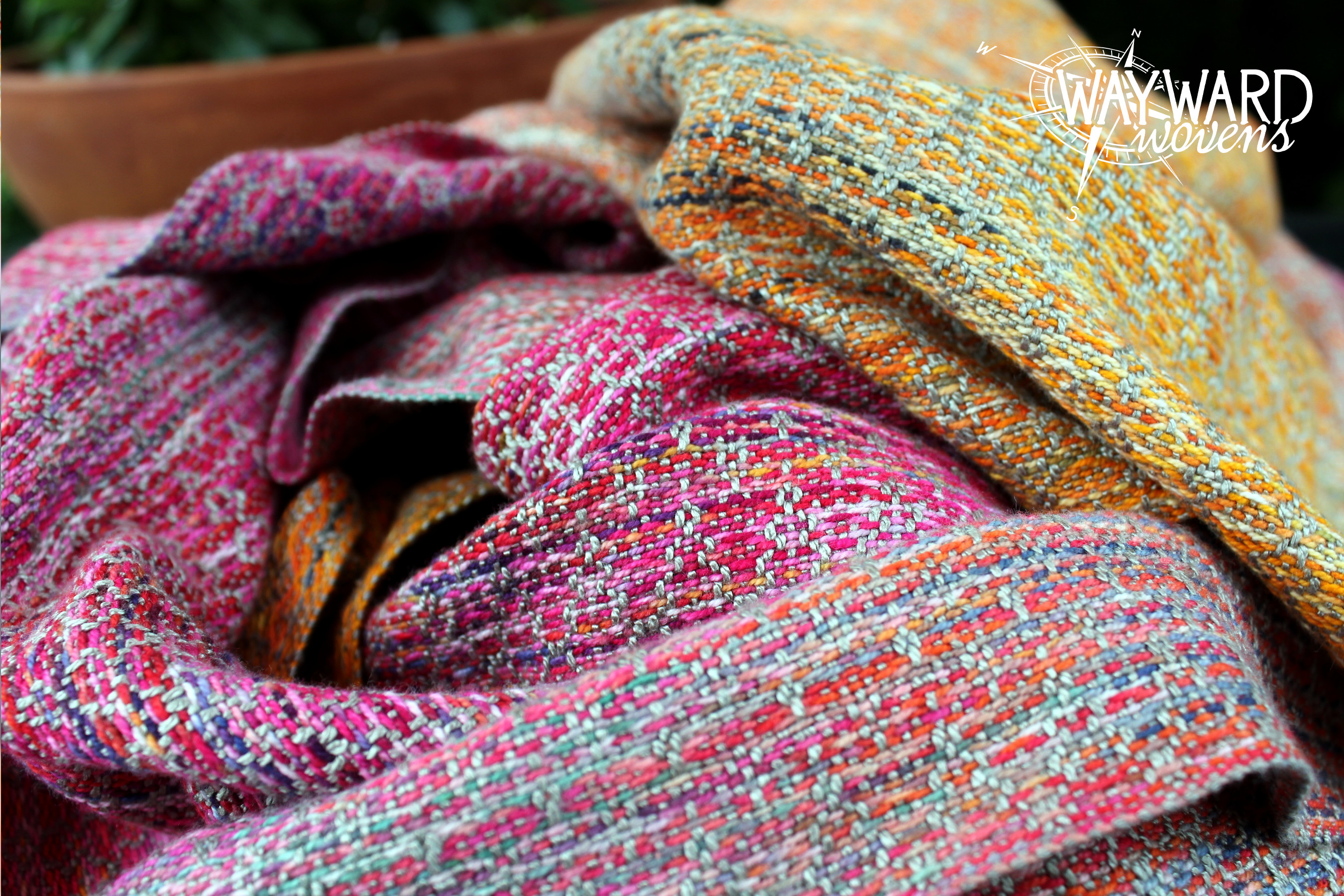 Woven wrap, piled