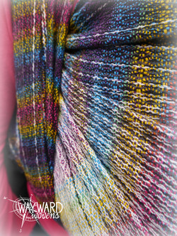 Rainbow weft, front carry