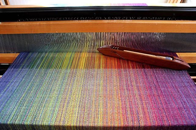 Weaving with charcoal weft