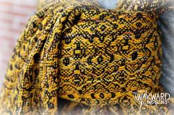 Woven wrap, half knot