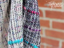 Inlays with speckled marine silk weft