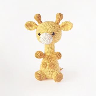 crochet amigurumi giraffe safari animal pattern