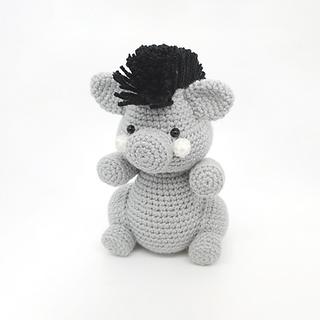 crochet amigurumi wild boar woodlan forest animal pattern