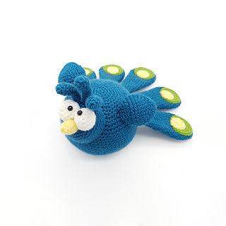 crochet amigurumi bird peacock pattern
