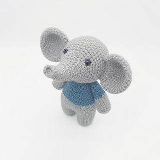 crochet amigurumi elephant safari animal pattern