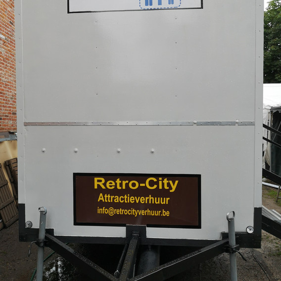 Toiletwagen 4 persoons + 2 urinenoir M/V