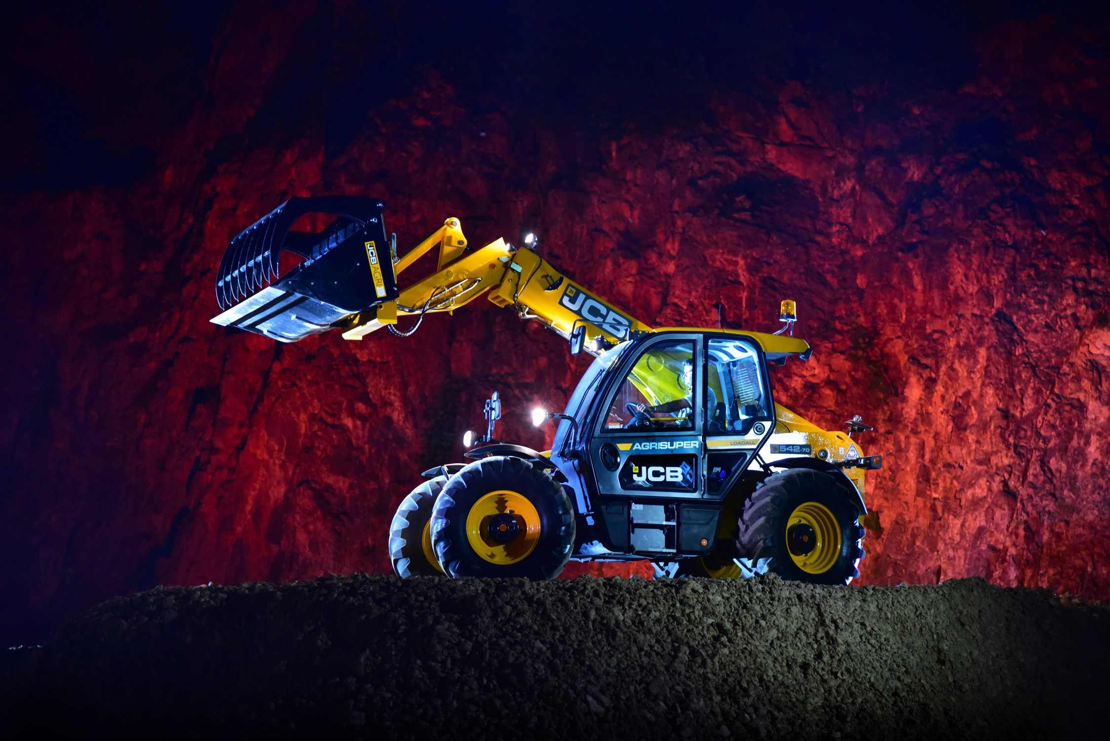 JCB Loadall at night