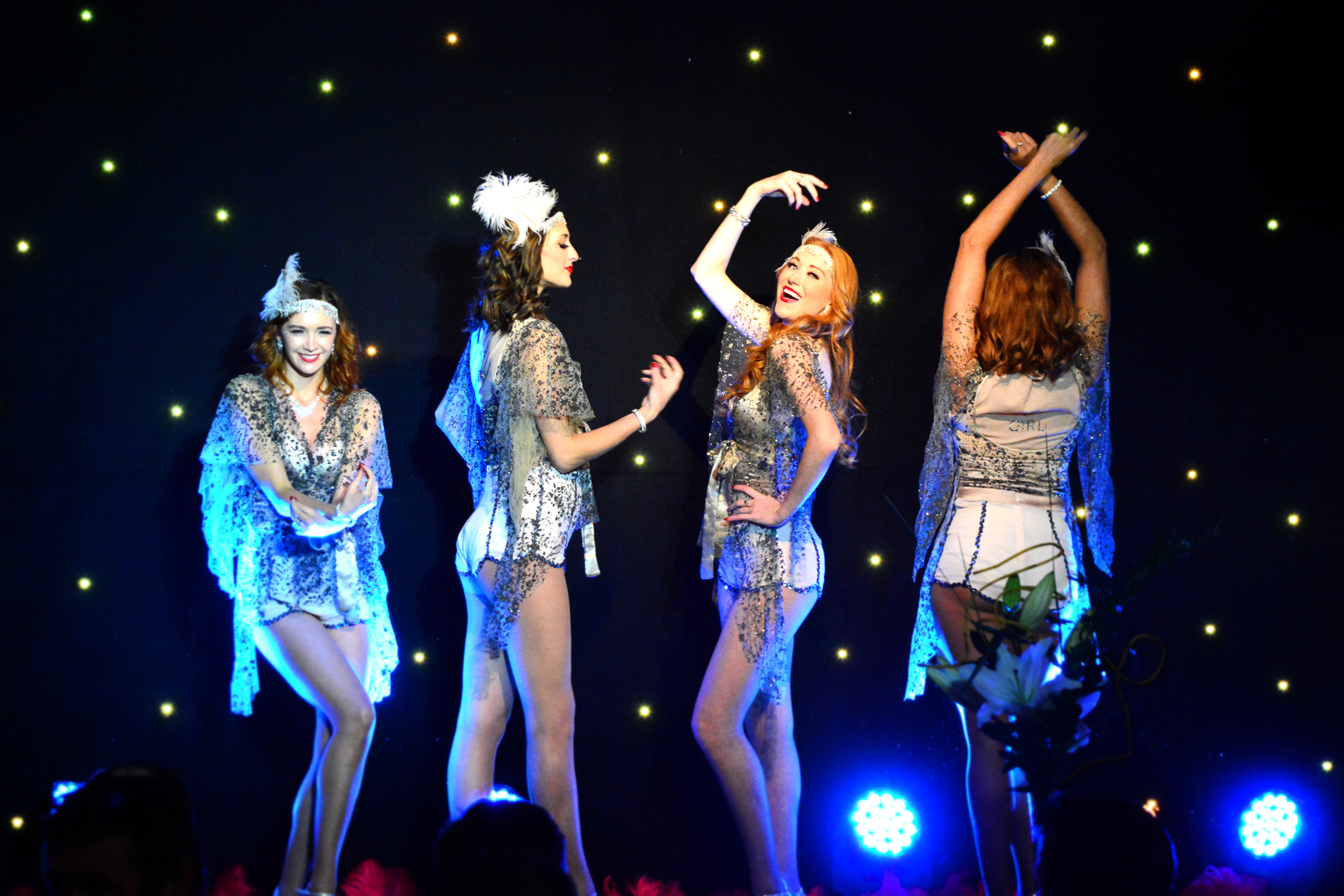 The 'It Girls' live performance