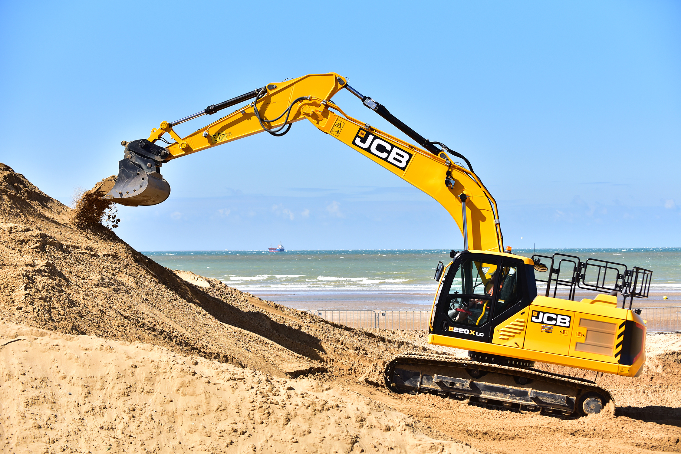 JCB 220X: Margate Beach for Red Bull