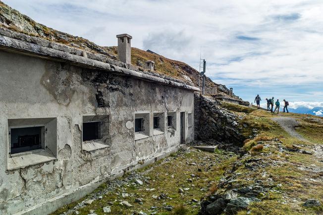 Abandoned mountain hut.jpg