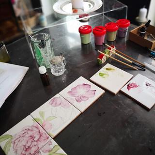 Процесс росписи рамы для зеркалая