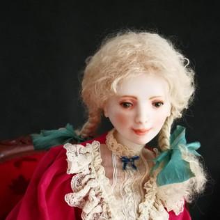 Нева. фарфор 65 см