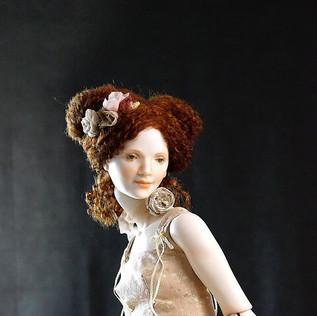 Мэри. фарфор 70 см