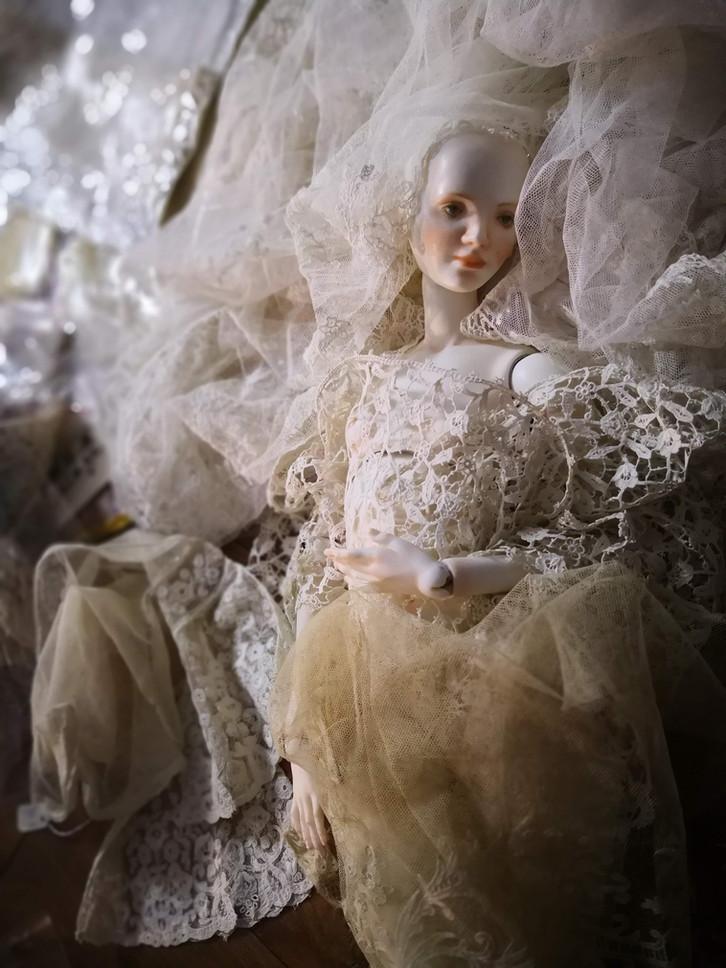 выбор тканей для костюма для куклы
