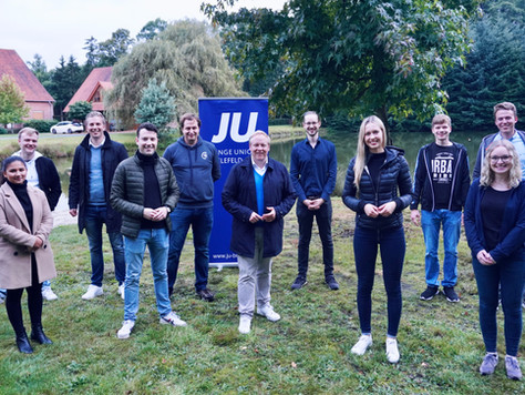 Wahlkampf-Grillen der JU Bielefeld mit Tilman Kuban