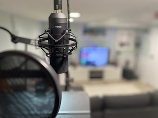 How to Choose a Voiceover Microphone