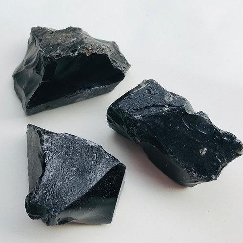 Obsidian piece