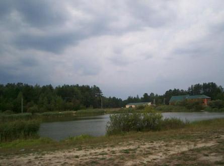 Озеро. Место отдыха жителей посёлка