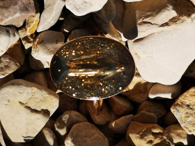 Médaille miraculeuse sur fond végétal @ Lérins