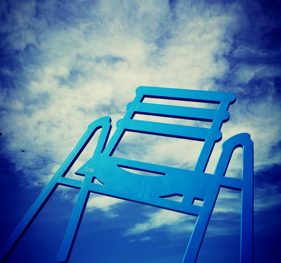 la chaise bleue de Nice.jpg