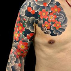 桜吹雪 胸腕 刺青