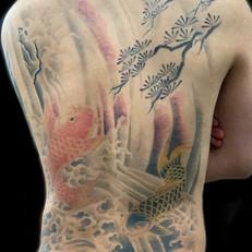 鯉 背中 刺青
