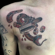 蛇 トラディショナル タトゥー