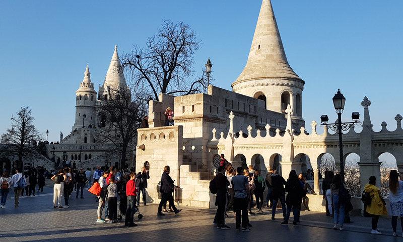 Королевские дворцы, средневековые замки, крепости и города  Австрии, Венгрии, Сл