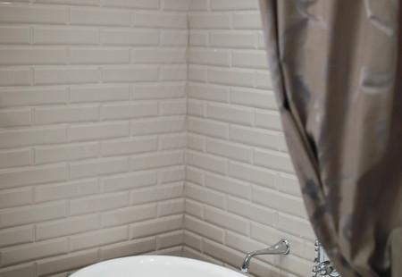 Bathroom Design – Traditional with a Twist