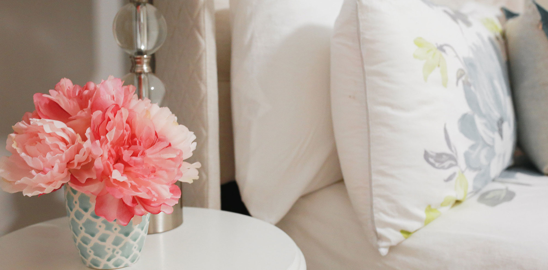 Guest Room Design, Light and Fresh