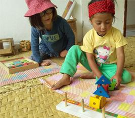 PyM_267_x_234px_juego_libre_Montessori_m