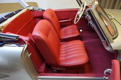 Autositze_Bezug_rotes_Leder 2