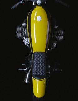 Motorradsattel_schwarze_Leder 2