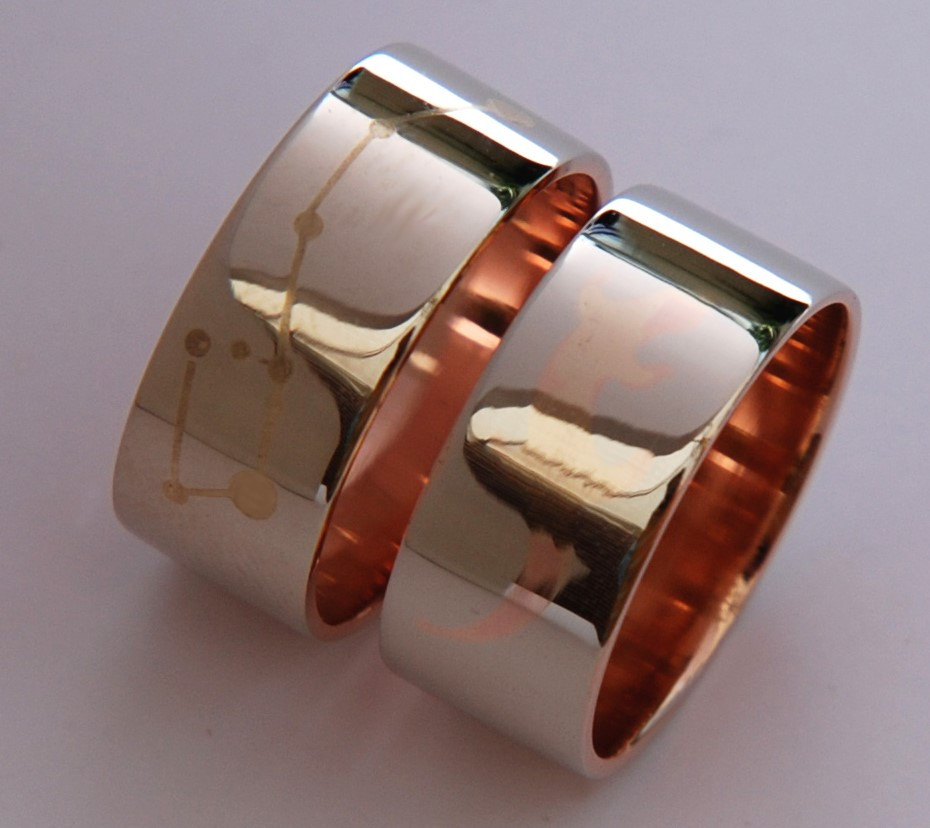Dance of the Fisher Star wedding bands