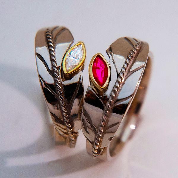 Wedding rings flight of the black headed
